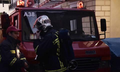 «Συναγερμός» στην Πυροσβεστική: Φωτιά στο Ειρηνοδικείο Αθηνών
