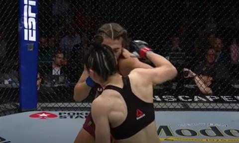 UFC: Σοκαριστική εικόνα – Παραμορφώθηκε το πρόσωπο αθλήτριας (pics+video)
