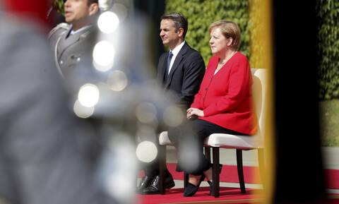Τι θα πει ο Μητσοτάκης στη Μέρκελ: Έβρος, fake news και οικονομία - «Παζάρι» Ερντογάν στις Βρυξέλλες