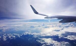 Χαμός σε πτήση: Η φωτογραφία από την καμπίνα που έγινε viral - Αηδίασαν οι επιβάτες (pics)