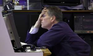 «Συναγερμός» στη Wall Street: Προσωρινή αναστολή της συνεδρίασης λόγω «limit down»