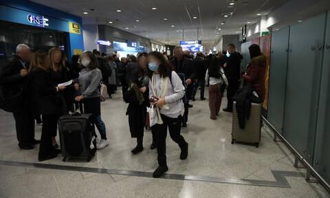 Κοροναϊός: Η Ελλάδα σταματά όλες τις πτήσεις από και προς βόρεια Ιταλία