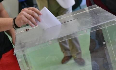 Νέα δημοσκόπηση: Τι λένε οι πολίτες για Έβρο, κοροναϊό και πρόθεση ψήφου – Αποκαλυπτικά στοιχεία
