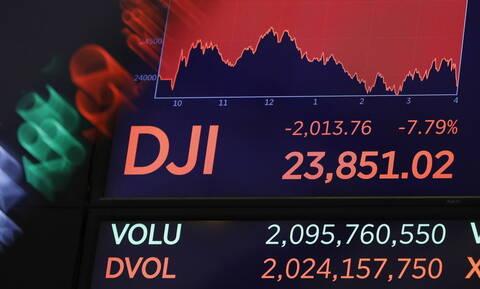 Πανικός στη Wall Street: Η μεγαλύτερη «κατρακύλα» από το 2008  - Στα τάρταρα η τιμή του πετρελαίου