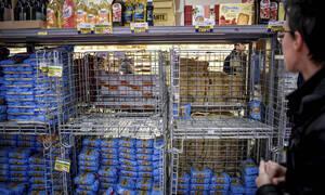 Κοροναϊός στην Ιταλία: Οινόπνευμα τέλος - Τραγικές εικόνες στα σούπερ-μάρκετ