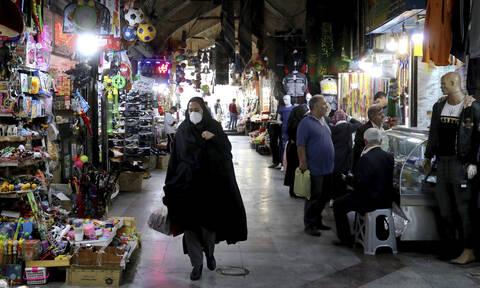 Κοροναϊός: 44 νεκροί στο Ιράν από νοθευμένο αλκοόλ - Πίστεψαν ότι θεραπεύει τη νόσο
