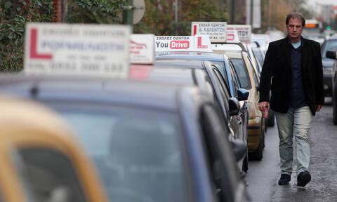 Κοροναϊός: Αναστέλλονται όλες οι εξετάσεις για δίπλωμα οδήγησης στην Αττική