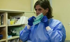Κοροναϊός στην Ελλάδα: Πάνω από 100 υγειονομικοί σε καραντίνα σε όλη τη χώρα