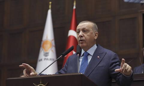 Κοροναϊός: Δρακόντεια μέτρα πρόληψης για τον Ερντογάν – Τον «ακολουθεί» θερμική κάμερα (pics)