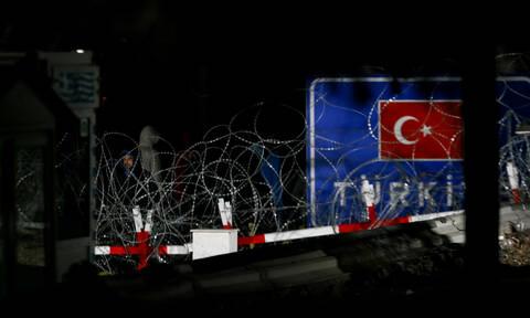 Η Τουρκία εκτός ελέγχου: Μας είπαν ναζί, μας εμβόλισαν και πέταξαν πάνω από τον Έβρο