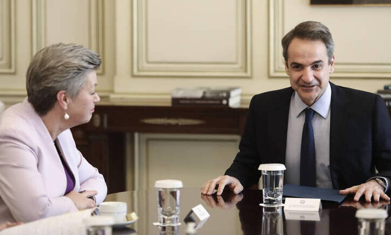 Συνάντηση Μητσοτάκη - Γιόχανσον: «Ελλάδα και Ευρώπη δέχονται ασύμμετρη απειλή στα σύνορα»