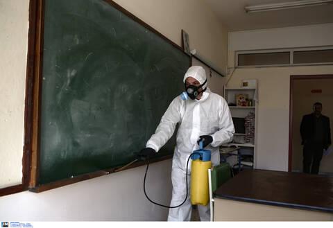 Κοροναϊός - Κλειστά σχολεία: Πότε και πώς θα γίνουν τα μαθήματα εξ αποστάσεως - Ποιους αφορούν