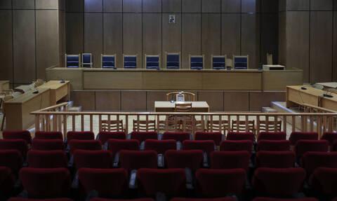 Κοροναϊός: «Λουκέτο» δύο εβδομάδων στα δικαστήρια - Σταματούν οι πλειστηριασμοί