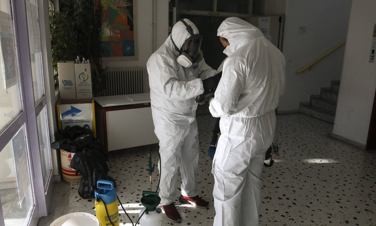 Κοροναϊός στην Ελλάδα: Φόβοι για σαρωτικό πέρασμα του ιού – Οι 12 αλλαγές στη ζωή μας