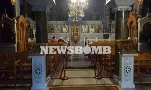 Κορονοϊός: Αυτοψία Newsbomb.gr στις εκκλησίες - Ελάχιστος κόσμος! Ιερέας έδιωξε ηλικιωμένους