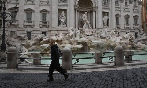 Κορονοϊός: Ιταλίδα γιατρός στο Newsbomb.gr - «Η Κυβέρνηση εδώ εγκλημάτησε, μείνετε στα σπίτια σας»