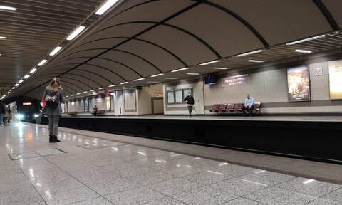 Κορονοϊός Ελλάδα: Πρόσθετα μέτρα σε αεροδρόμια και ΜΜΜ - Η έκκληση στους πολίτες
