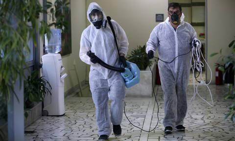 Κορονοϊός - Ελλάδα: Αλαλούμ με το εάν μεταδίδεται ο ιός με τα τρόφιμα