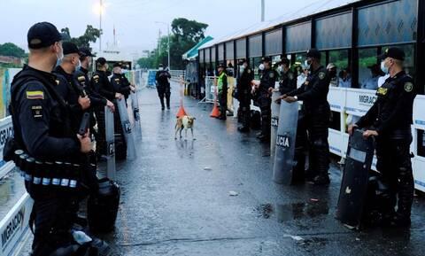 Κορονοϊός: Η Κολομβία θα απελάσει τέσσερις Ευρωπαίους διότι παραβίασαν την καραντίνα