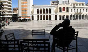 Κορονοϊός: Πρόστιμο 5.000 ευρώ σε όποιον Έλληνα παραβιάζει τα μέτρα για τον περιορισμό της εξάπλωσης