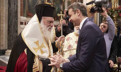 Kορονοϊός στην Ελλάδα: Κλείνει τις εκκλησίες ο Ιερώνυμος - Έκτακτη συνεδρίαση της Ιεράς Συνόδου