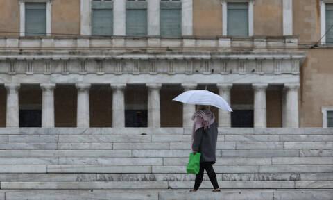 Καιρός: Βροχές, πτώση της θερμοκρασίας και θυελλώδεις βοριάδες τη Δευτέρα