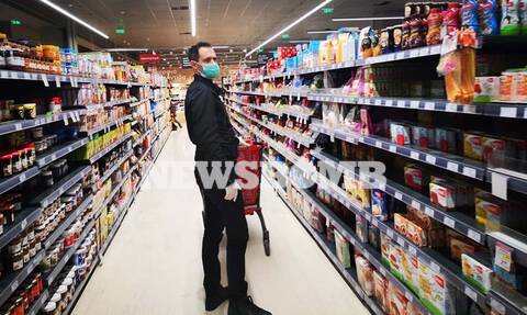 Κορονοϊός: Τι αλλάζει από σήμερα σε σούπερ μάρκετ και λαϊκές - Επιτάσσονται φάρμακα