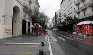 Κορονοϊός: Η κυβέρνηση έτοιμη να λάβει πιο αυστηρά μέτρα – Φόβοι για εξάπλωση του ιού στην επαρχία