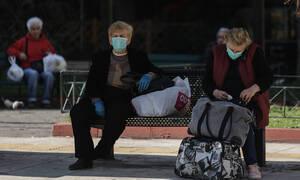 Κορονοϊός στην Ελλάδα: Τι πρέπει να κάνουμε αν κάποιο μέλος της οικογένειας μας εμφανίσει συμπτώματα
