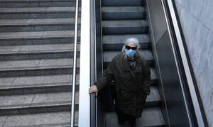 Κορονοϊός στην Ελλάδα: «Βόμβα» από καθηγητή λοιμωξιολογίας για 5.000 κρούσματα σε λίγες μέρες