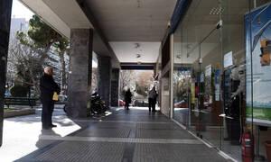 Κορονοϊός: Αυτά τα καταστήματα μένουν ανοιχτά - Ποια κλείνουν (Όλη η λίστα)