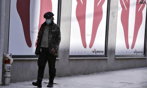 Κορονοϊός: Κλείνουν ή όχι περίπτερα και ψιλικατζίδικα;