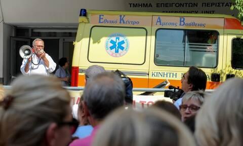 Κορονοϊός στην Ελλάδα: Σιώρας - «Βόμβα για την υγεία του λαού, οι ελλείψεις προσωπικού»