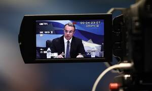 Kορωνοϊός: Το Eurogroup «έλυσε» τα χέρια της κυβέρνησης – Ποια μέτρα στήριξης ανακοινώνει