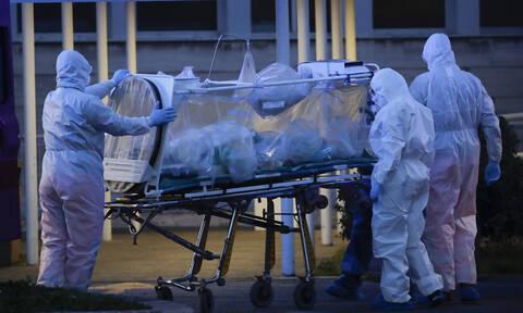 Κορονοϊός: Τι είναι τα «κρυφά» κρούσματα και γιατί διασπείρουν ραγδαία τον φονικό ιό