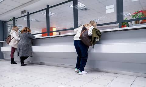Κορονοϊός: Σχέδιο για λειτουργία με προσωπικό ασφαλείας σε Δημόσιο και ΔΕΚΟ