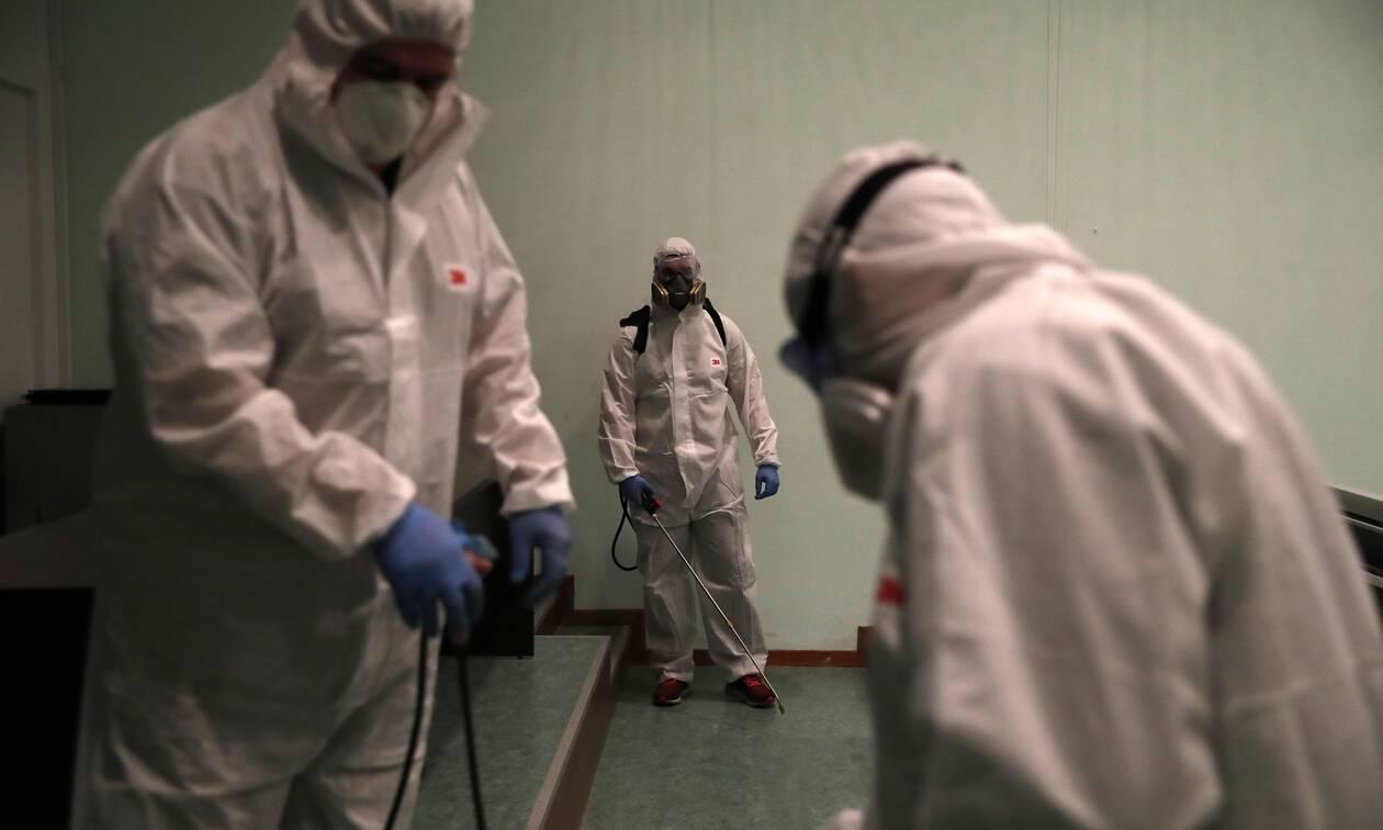 Κορονοϊός - Γερμανός επιστήμονας αποκαλύπτει τα «άγνωστα» συμπτώματα του ιού
