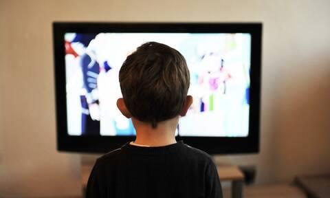 Κορονοϊός: Πώς να μιλάτε και να φέρεστε στα παιδιά τώρα που μένουν σπίτι