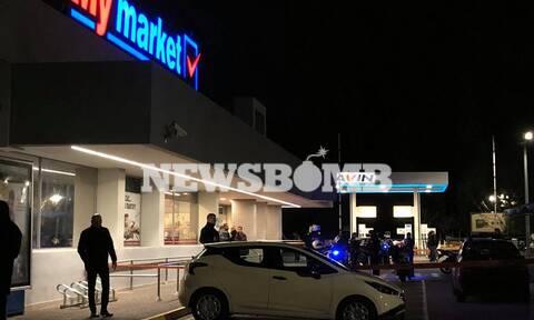Κηφισιά: Οι πρώτες εικόνες από το σημείο της διπλής δολοφονίας έξω από σούπερ μάρκετ