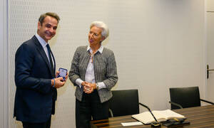 Κορονοϊός: Κίνηση-ματ από Μητσοτάκη! Πώς έβαλε την Ελλάδα στη μαζική αγορά ομολόγων 750 δισ. της ΕΚΤ