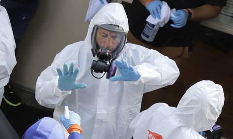 Κορονοϊός-Κίνα: Φόρος τιμής στον ήρωα-γιατρό -  Είχε προειδοποιήσει για την επιδημία