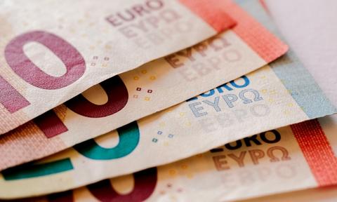 Κορονοϊός - Τράπεζες: Τρίμηνη αναστολή πληρωμής δόσεων δανείων για όσους λάβουν τα 800 ευρώ