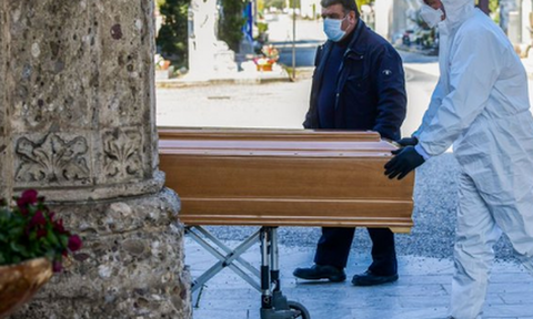 Κορονοϊός - Ιταλία: Οι εικόνες που συγκλόνισαν την ανθρωπότητα