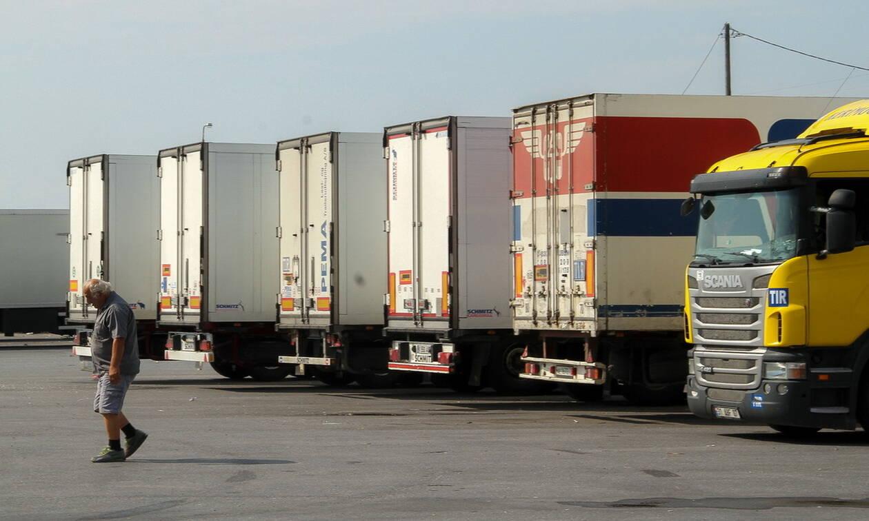 Επιστρέφουν οι 13 Έλληνες οδηγοί που είχαν εγκλωβιστεί στα σύνορα Ιράκ - Τουρκίας