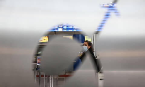 Mandatory 14-day quarantine for passengers from abroad in effect from Friday noon