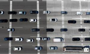 Κορονοϊός - Χαρδαλιάς: «Η πολιτεία γνωρίζει ποια αυτοκίνητα περνούν τα διόδια» (vid)