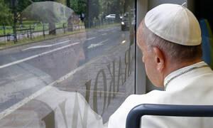 Κορονοϊός Βατικανό: Η Εκκλησία συγχωρεί τις αμαρτίες των πιστών της που επλήγησαν από τον ιό