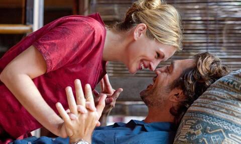 Oι 4 ατάκες που οι γυναίκες λατρεύουν να ακούν από το στόμα του άντρα!