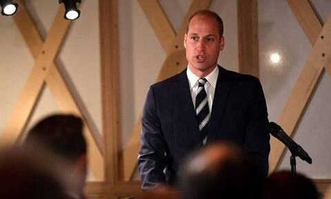Κορονοϊος: Ακούστε τις συμβουλές των ειδικών, προτρέπει τους Βρετανούς ο πρίγκιπας Ουίλιαμ