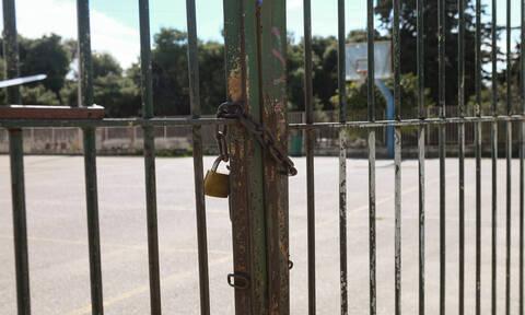 Κορονοϊός - Κλειστά σχολεία: Νέα παράταση - Δείτε πότε ανοίγουν